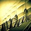 :: wspinałem się na schody, <br />to ostatnie, co pamiętamo<br />tworzyłem na oścież oknos<br />tawiając czoło ro